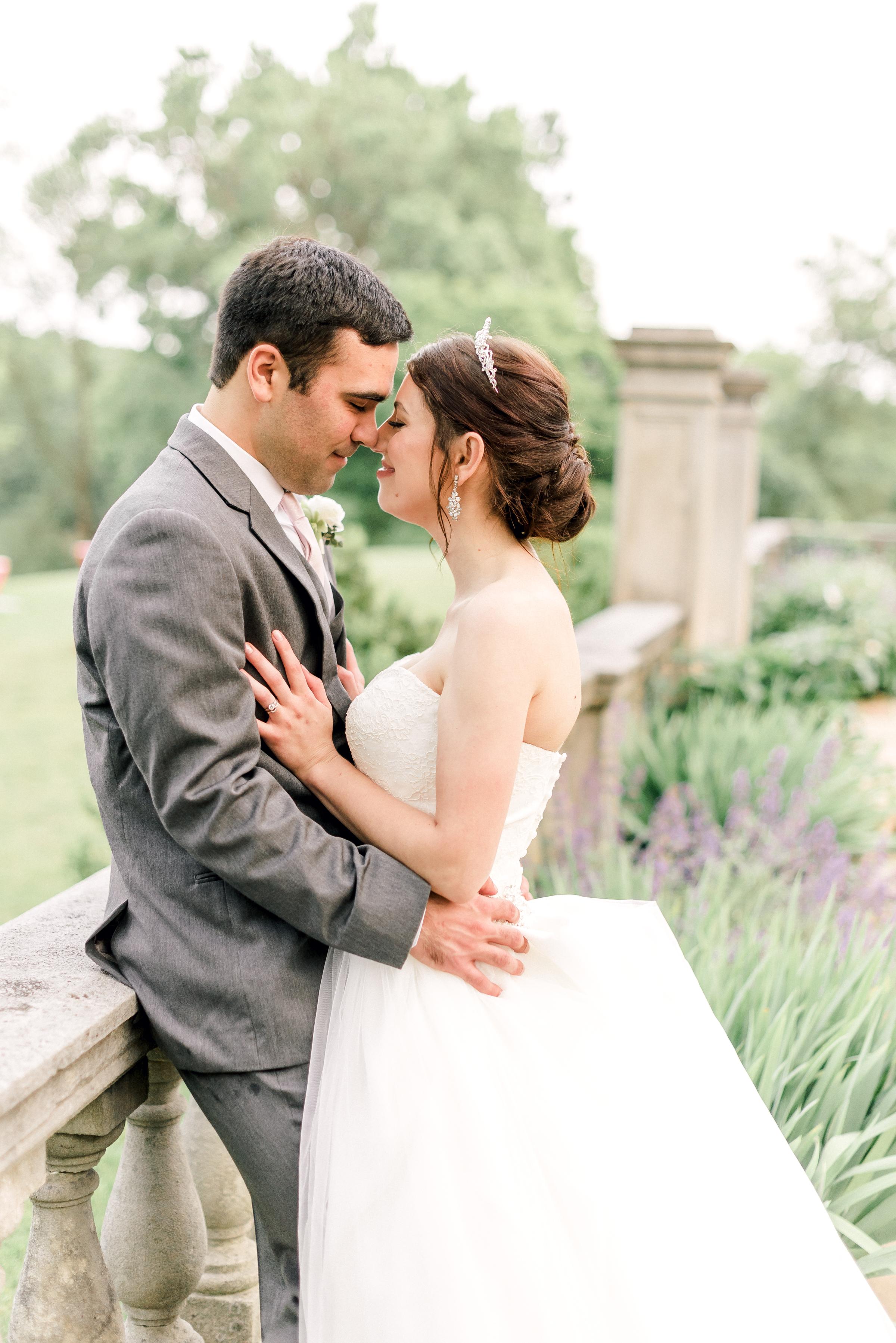 pittsburgh-wedding-photographer-hartwood-acres-0054.jpg