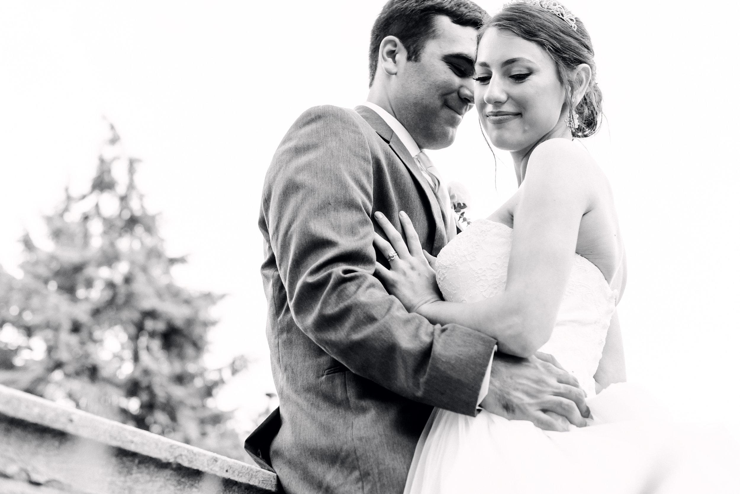 pittsburgh-wedding-photographer-hartwood-acres-0056.jpg