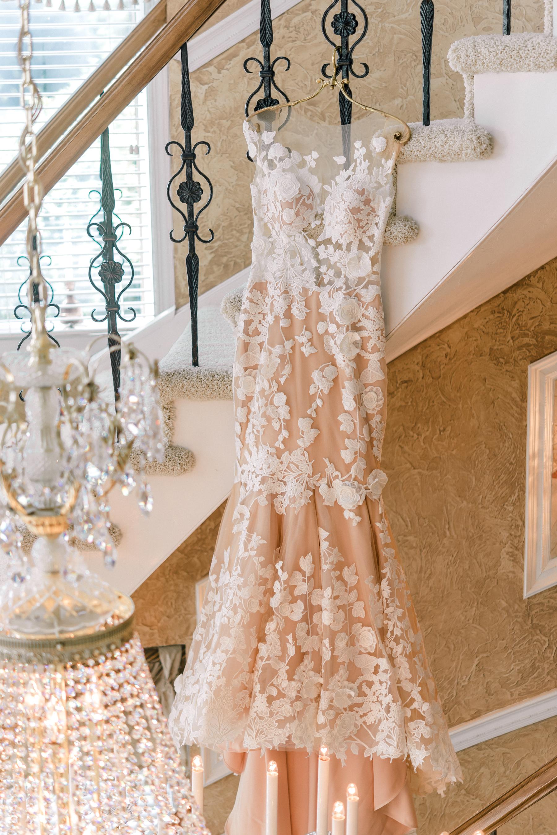 pittsburgh-wedding-photographer-grand-estate-hidden-acres-0004.jpg