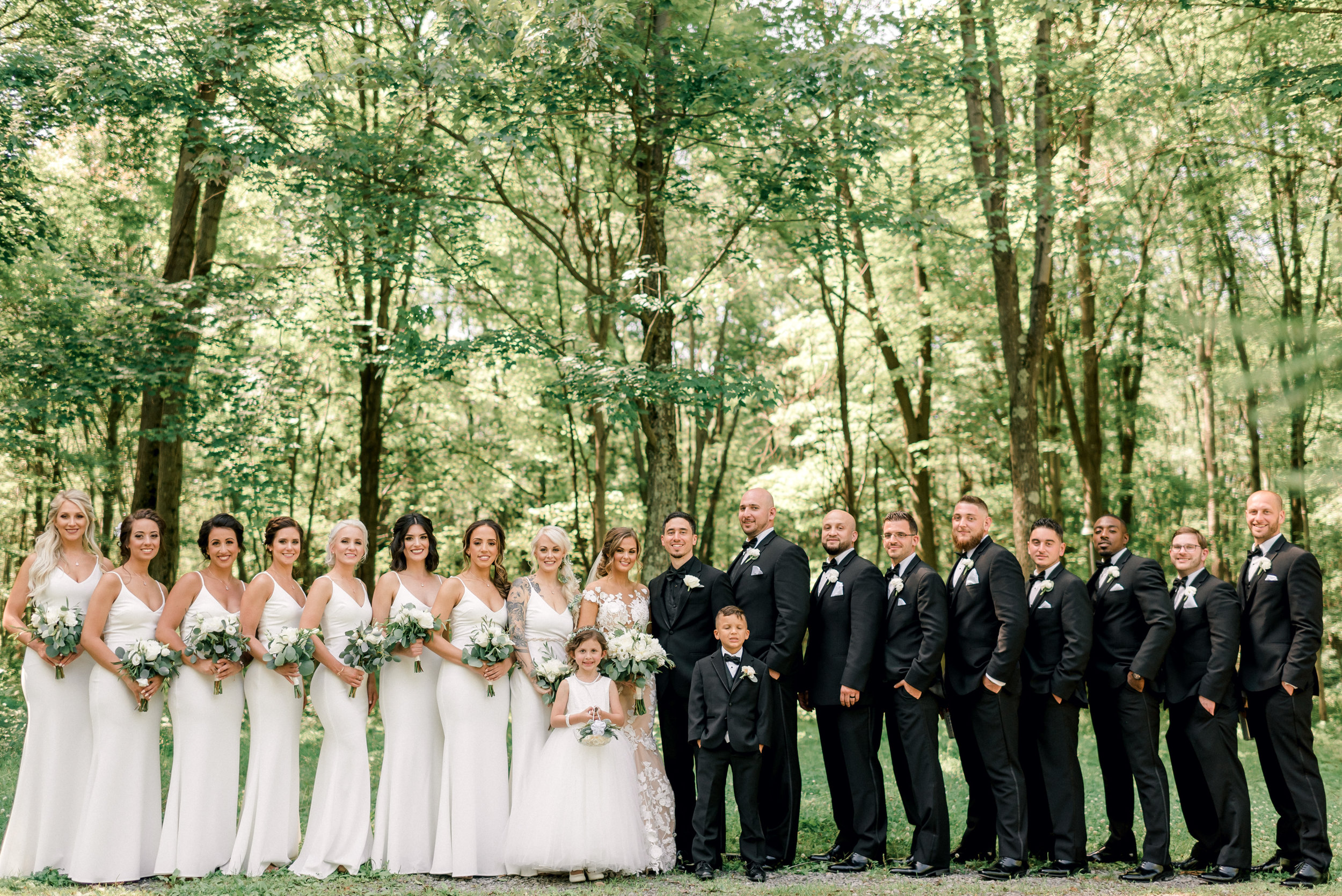 pittsburgh-wedding-photographer-grand-estate-hidden-acres-0025.jpg