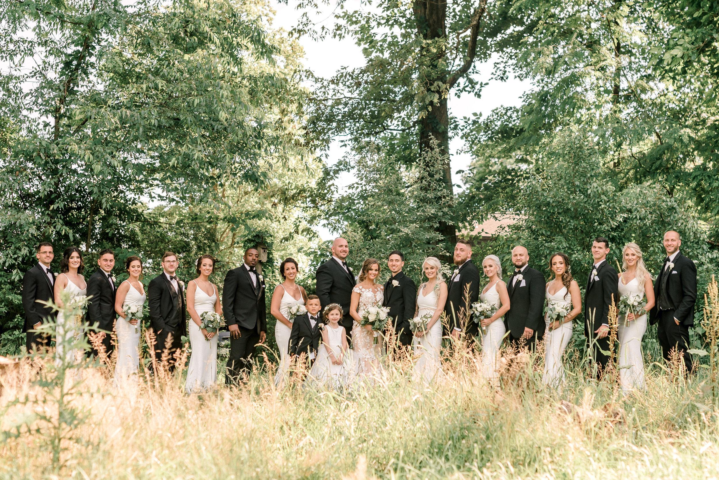 pittsburgh-wedding-photographer-grand-estate-hidden-acres-0034.jpg