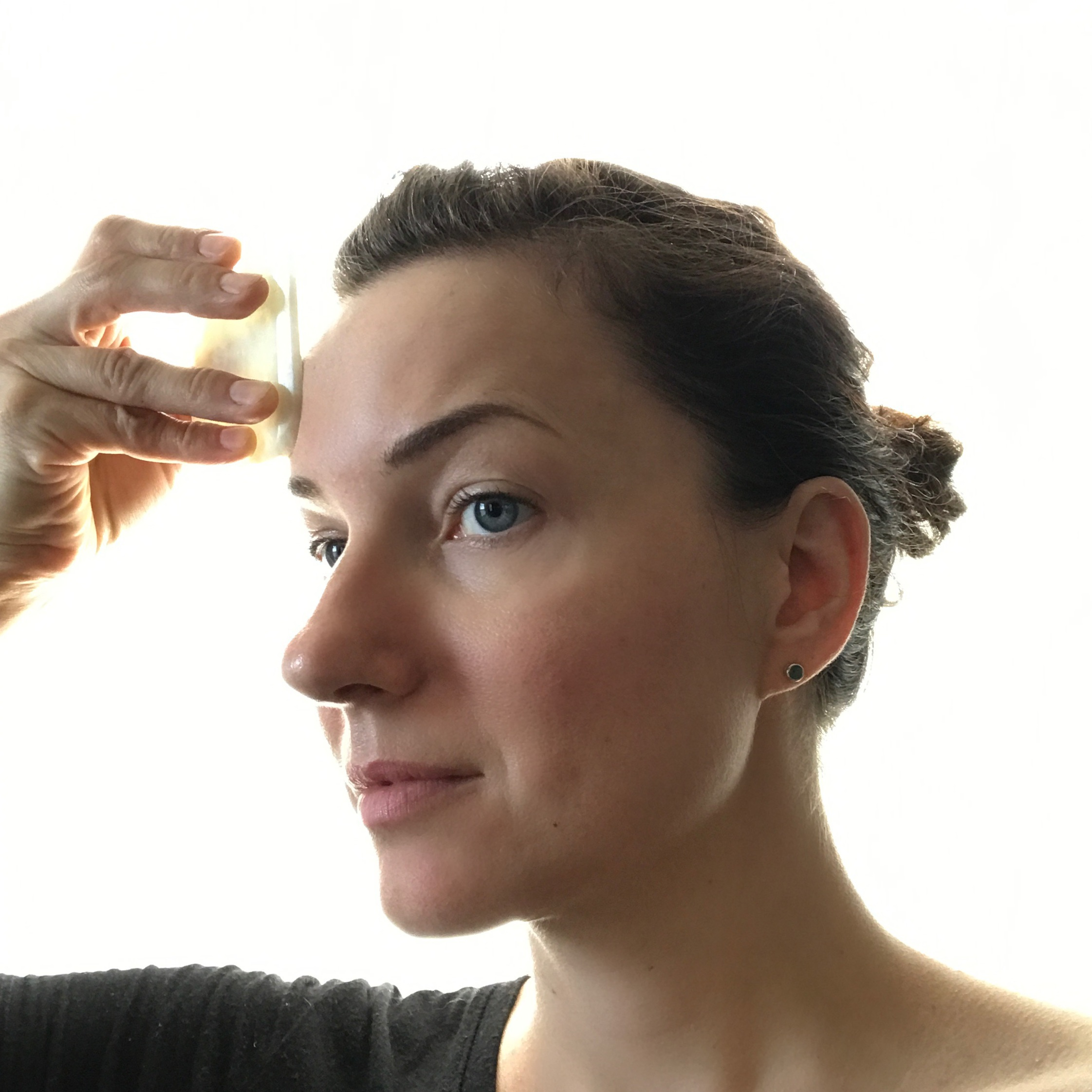 Learn Facial Gua Sha from a Doctor of Acupuncture! Reserve your space today!