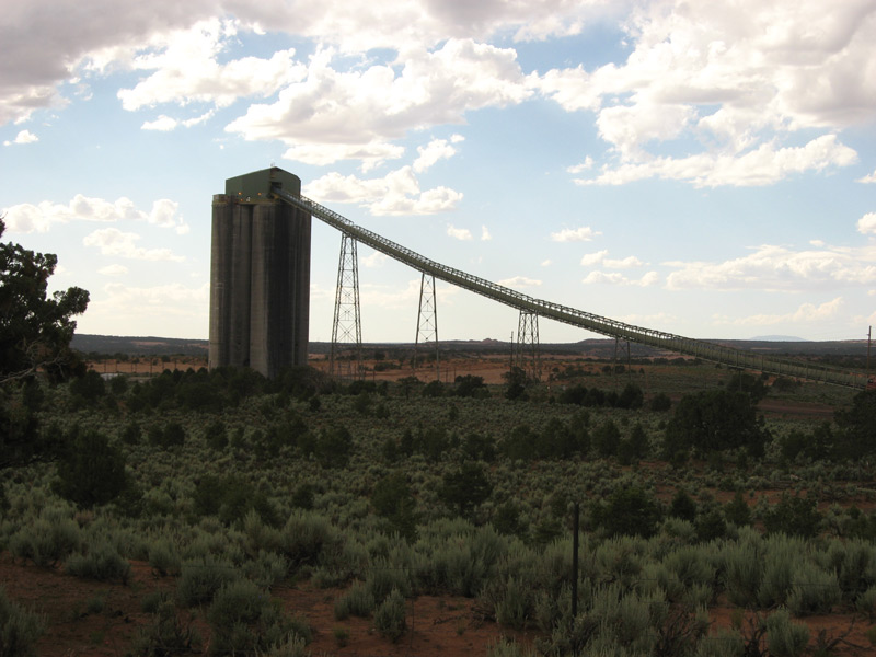 Black Mesa Coal Conveyor Belt by  Ken Lund used with permission of  Creative CommonsAttribution-ShareAlike 2.0 Generic