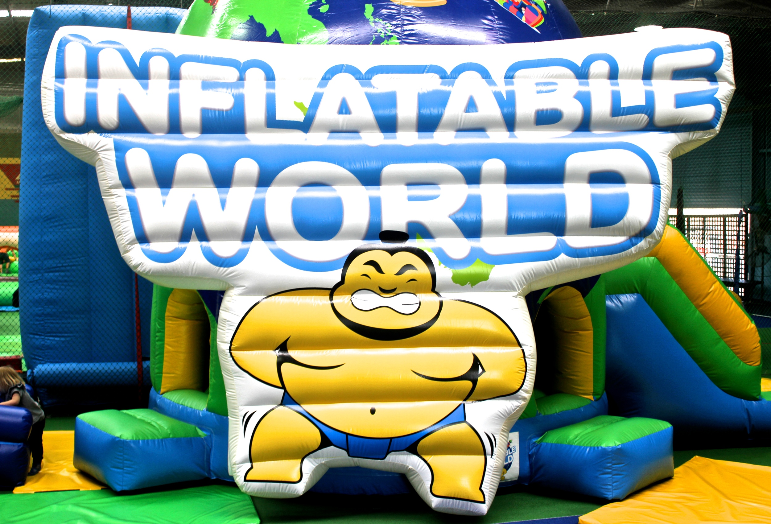 inflatable world - mamma know west