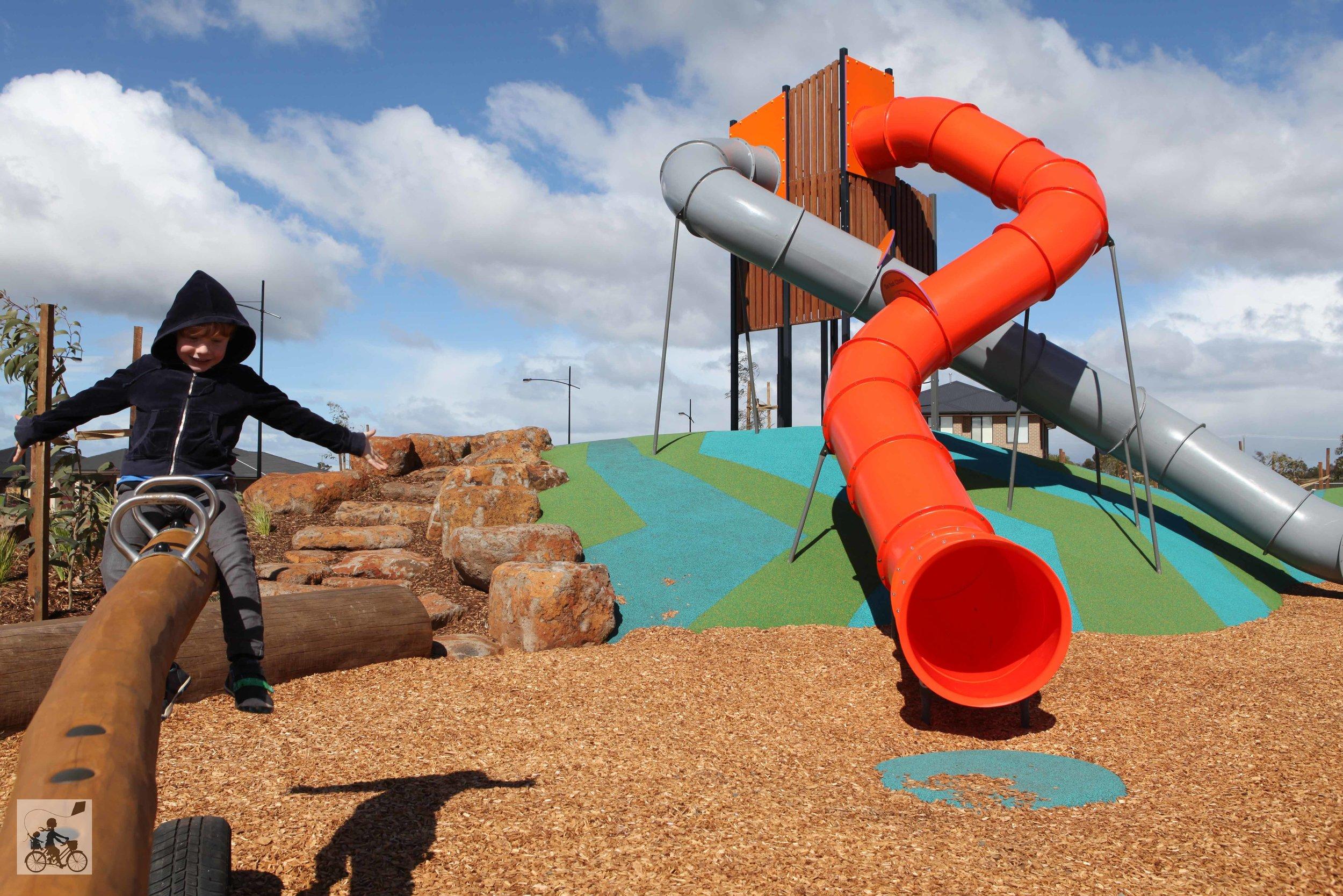 rockbank playground - mamma knows west