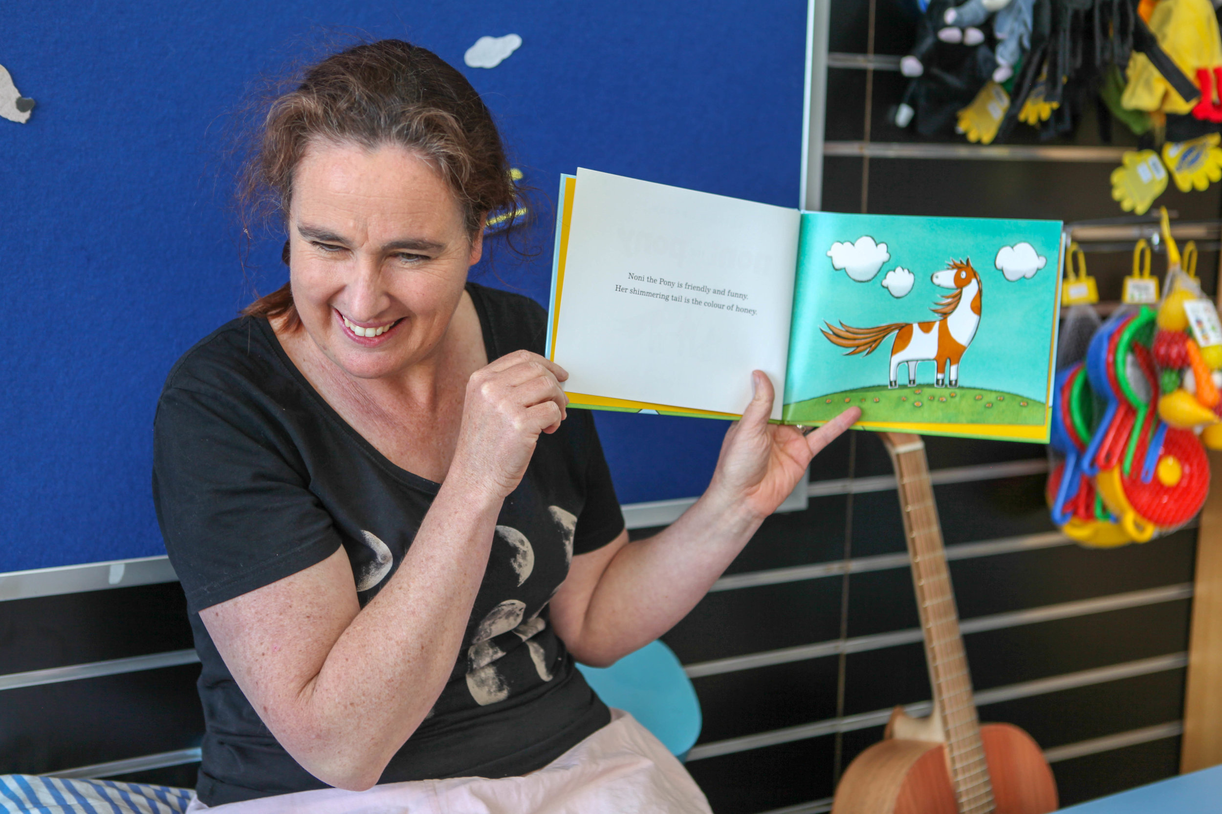 Everlasting Bookshop Storytime - Mamma Knows West (7 of 12).jpg