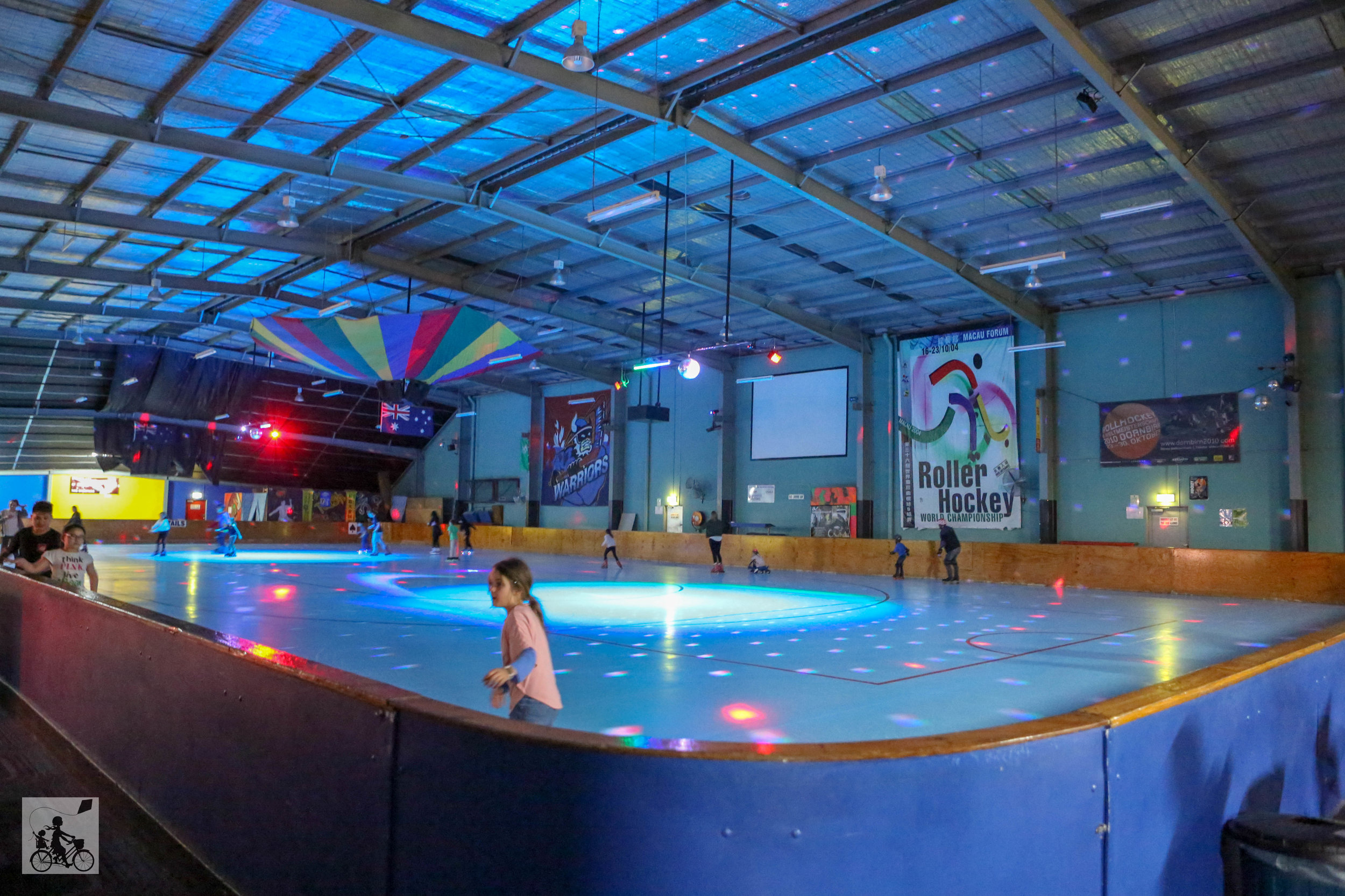 Sunshine Skate Centre - Mamma Knows West (2 of 13).jpg