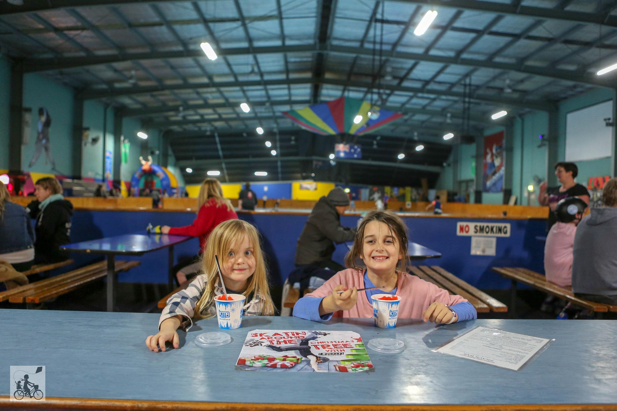 Sunshine Skate Centre - Mamma Knows West (7 of 13).jpg
