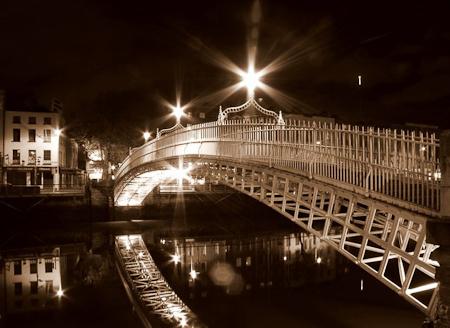 Ha_Penny_Bridge.jpg
