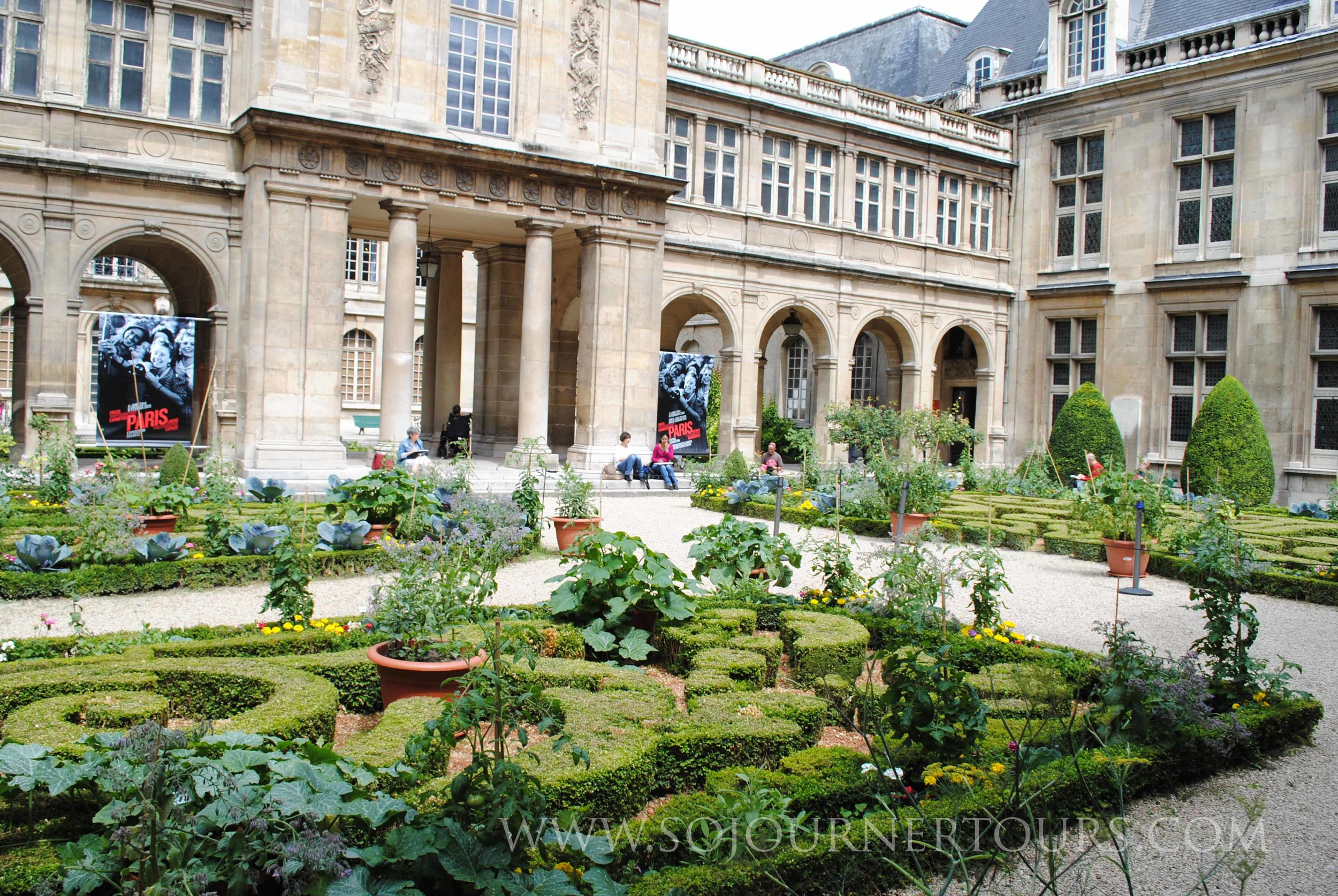 Carnavalet: Paris, France (Sojourner Tours)