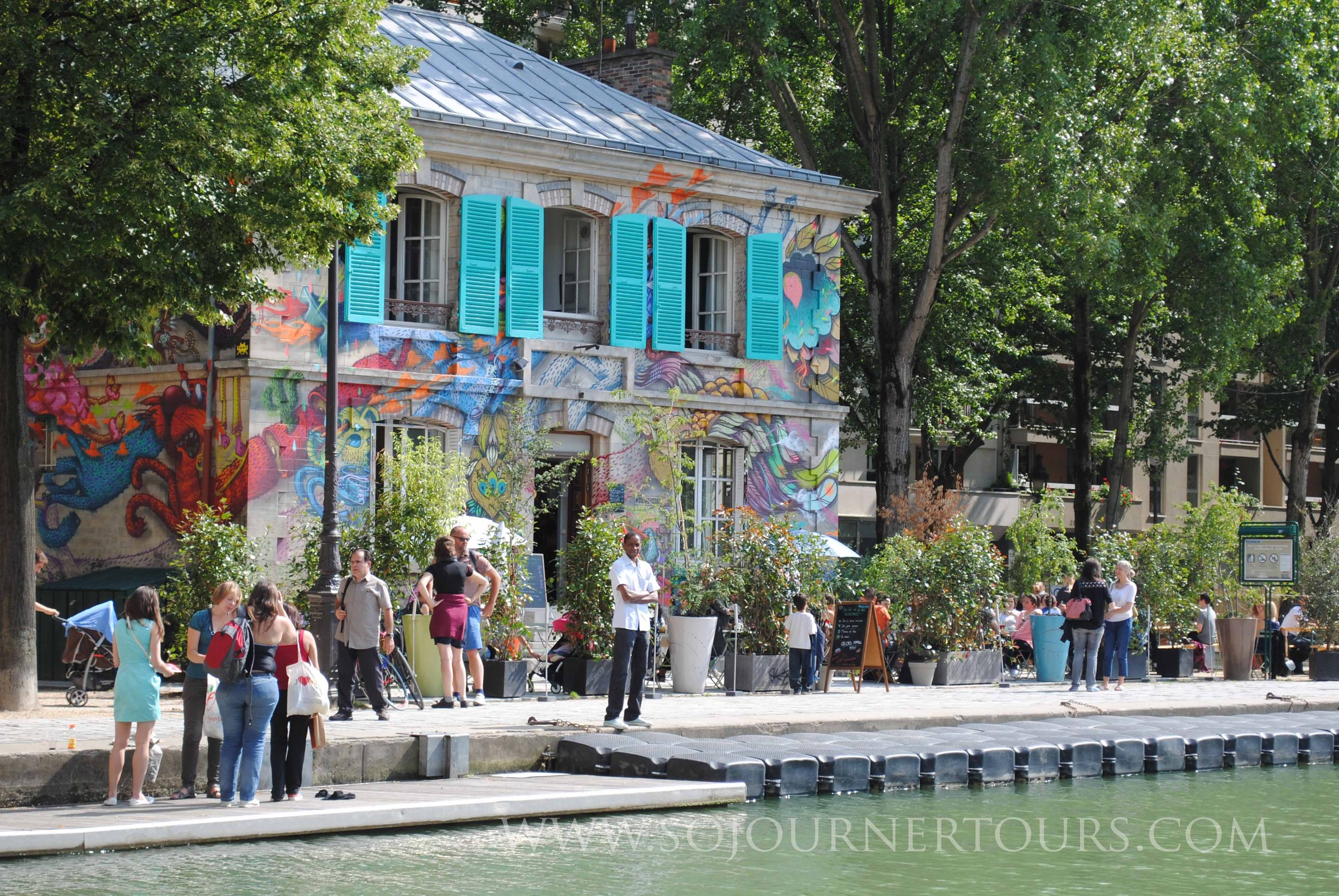 Canal de l'Ourcq: Paris, France (Sojourner Tours)