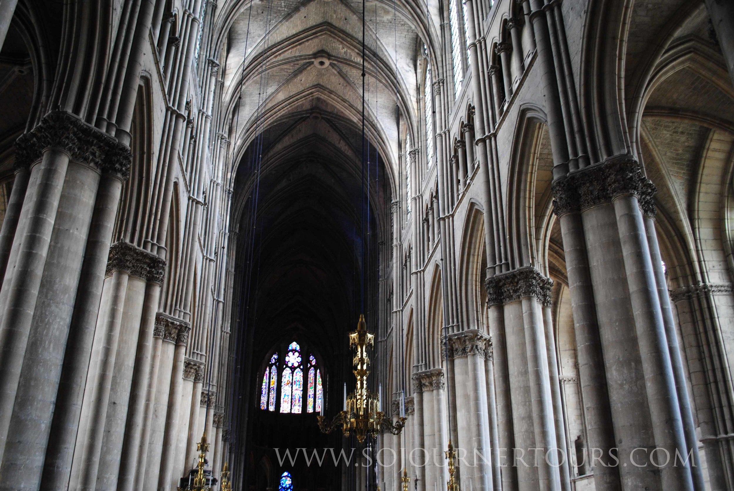 Notre Dame de Reims: Reims, France (Sojourner Tours)