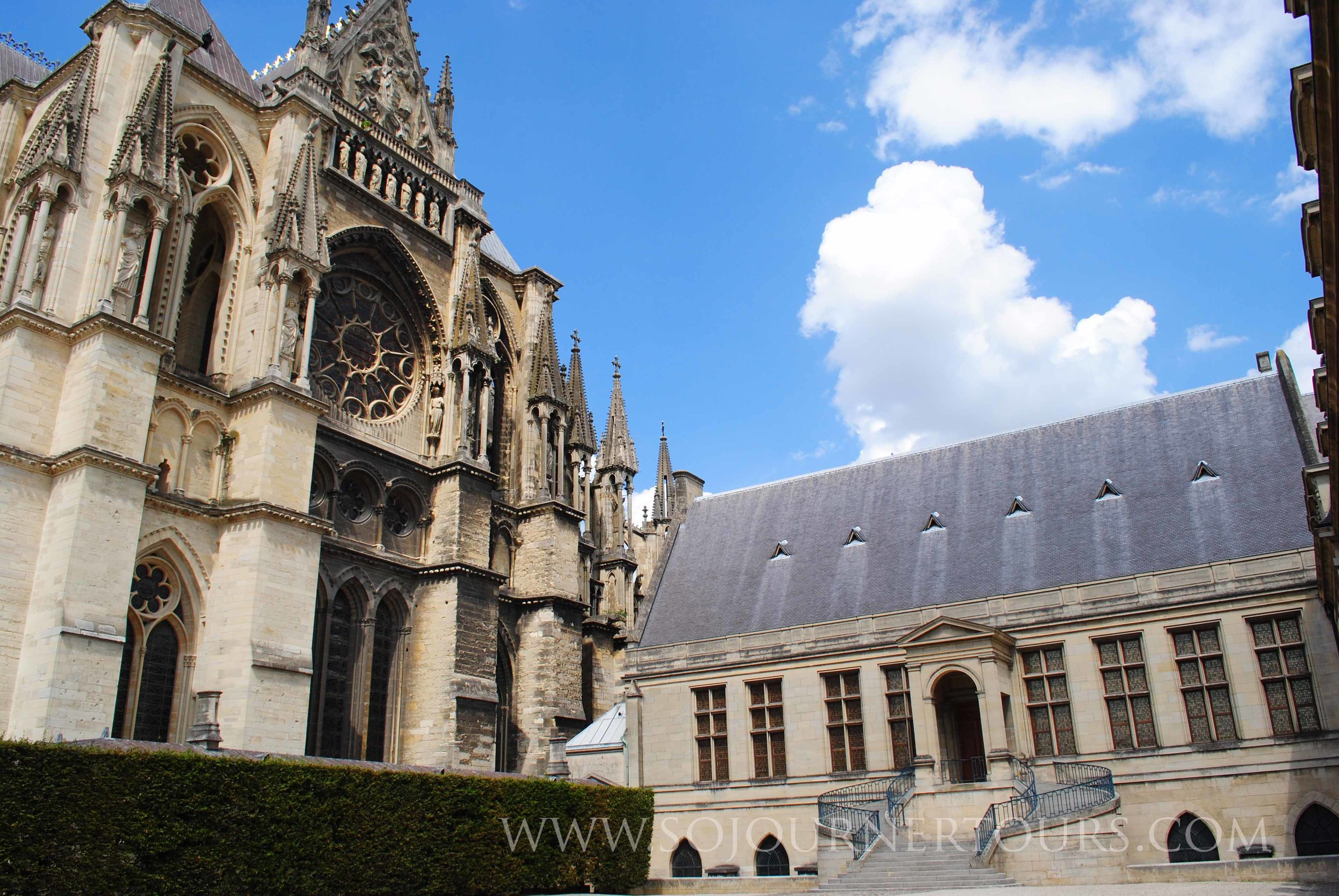 Notre Dame de Reims: Reims, France (Sojourner Tours
