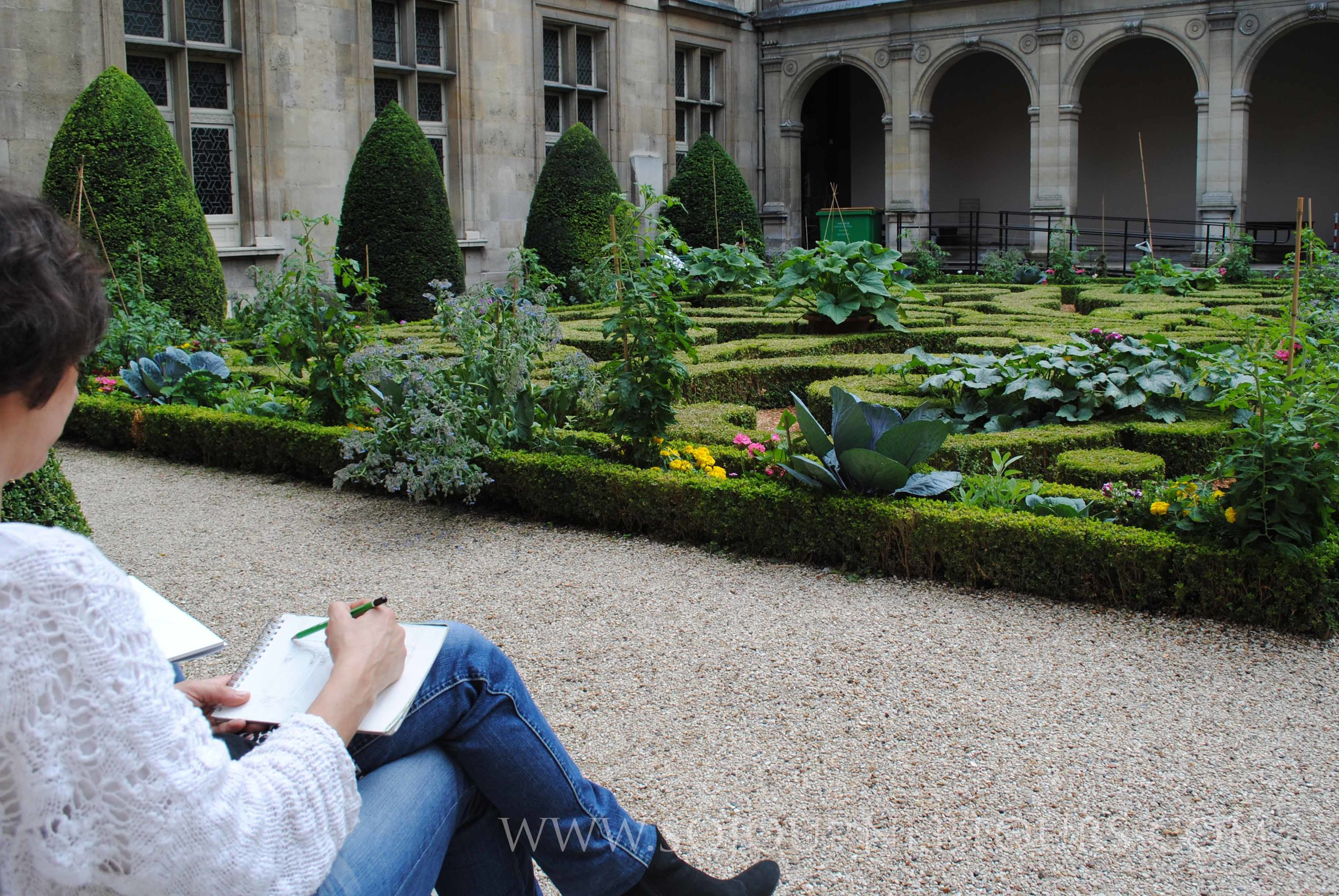 Relaxing in the Garden of a museum housed in an aristocratic mansion