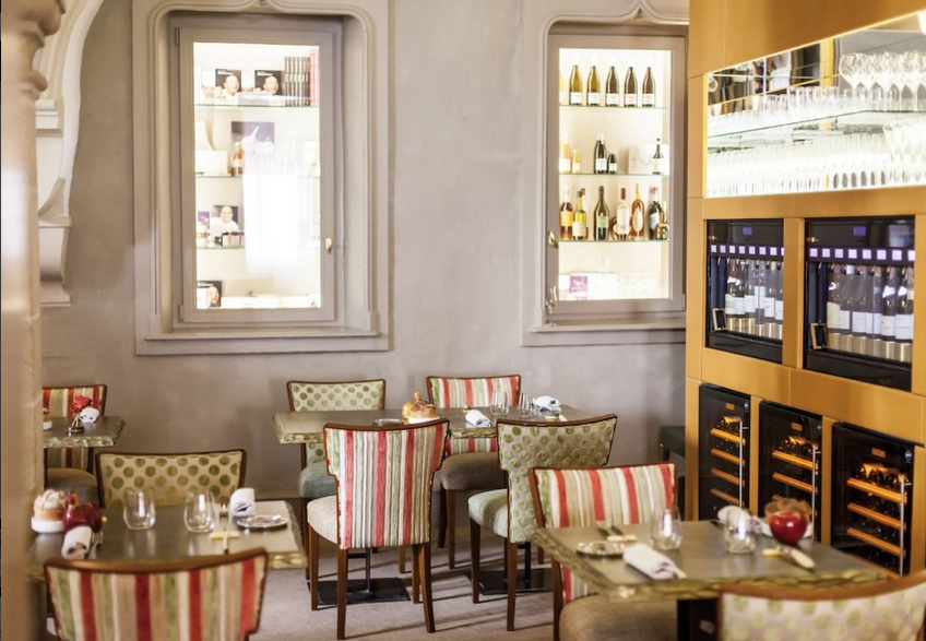 Loiseau les Ducs (as featured in Arts & Gastronomy)