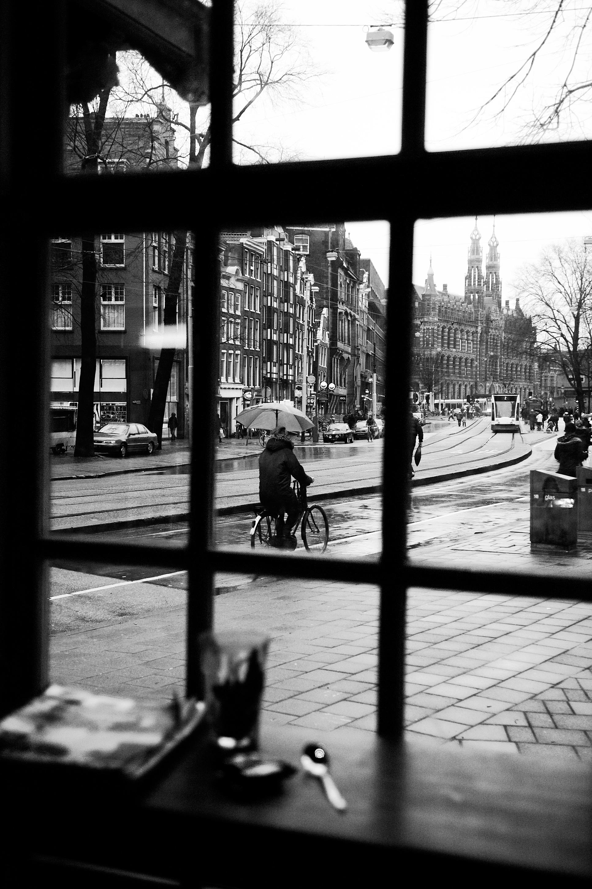 Saturday Afternoon, Amsterdam