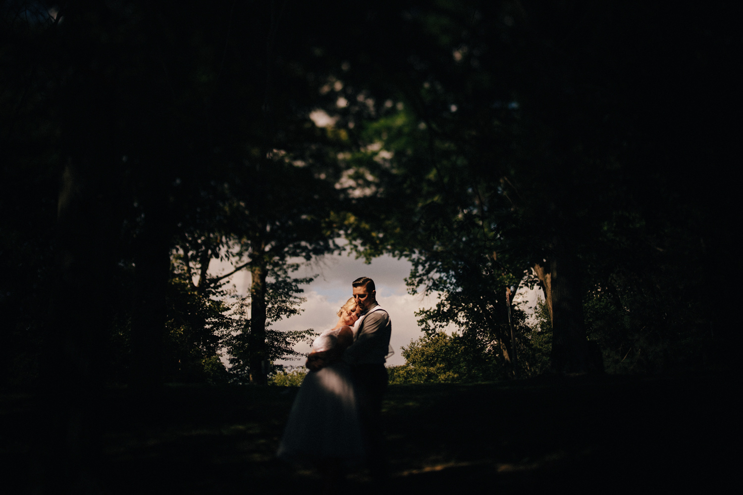 Outdoor Pittsburgh Wedding Photography