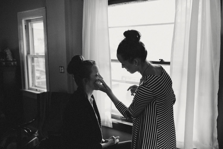 Bride Getting Ready - Columbus Ohio Wedding Photography