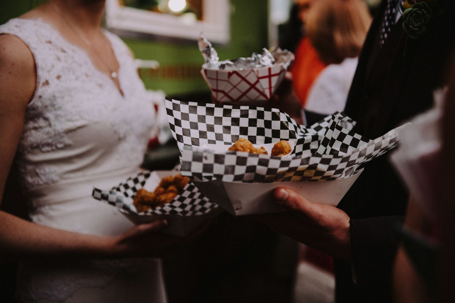 Foodtruck Reception - The Explorer's Club Foodtruck - Strongwater Wedding - Columbus Ohio Wedding Photography