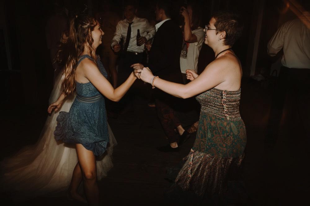 Woodstock New York Backyard Wedding0208.jpg