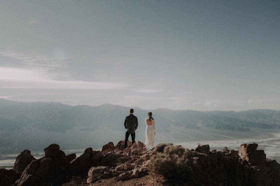 Death Valley Desert Elopement0012.jpg
