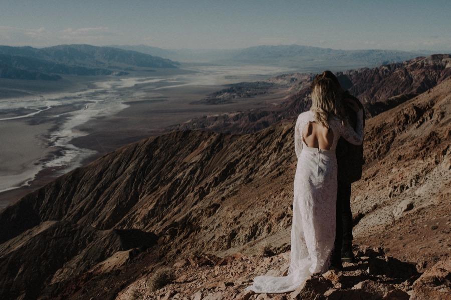 Death Valley Desert Elopement0021.jpg