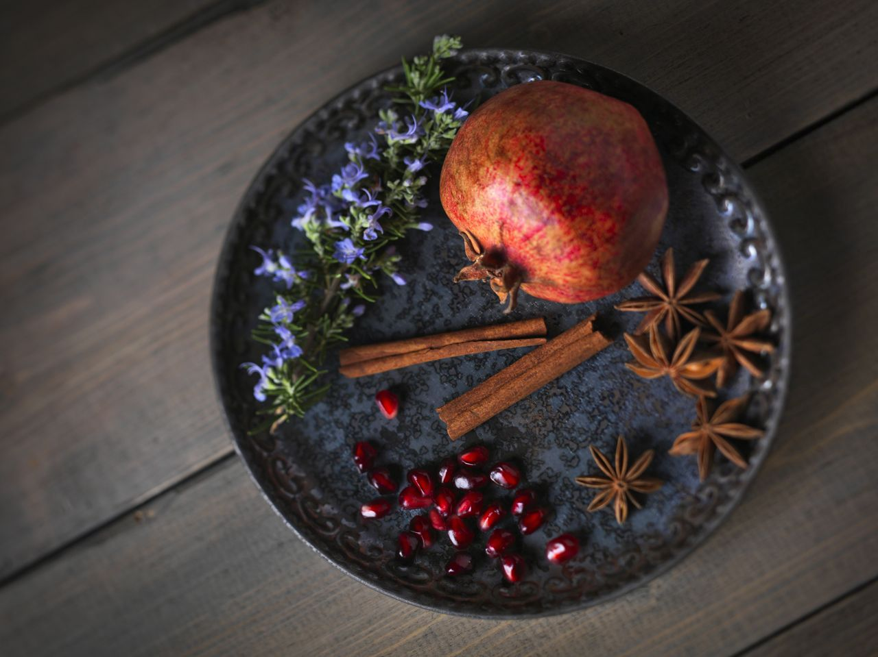 Cinnamon, rosemary, star anise