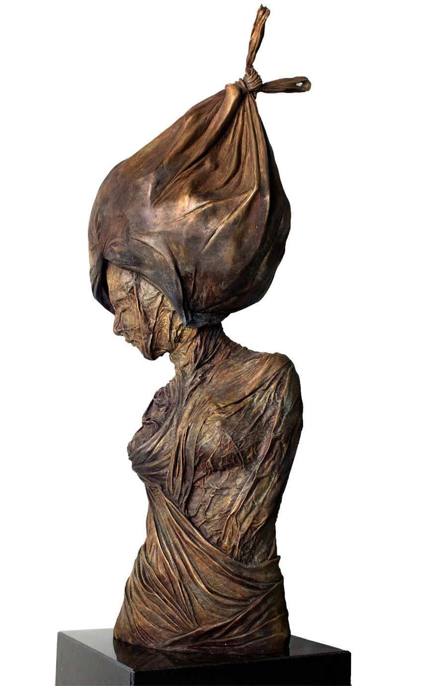 "Mujer con Sombrero II. Osmany Betancourt Falcon ""Lolo"""