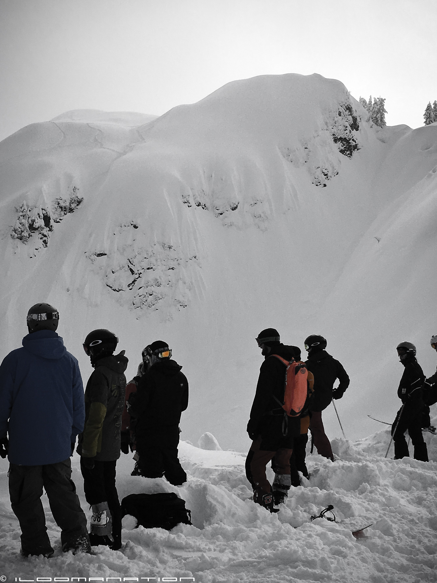 a few riders having a look at 'the arm', the area where we witnessed three avalanches within minutes.