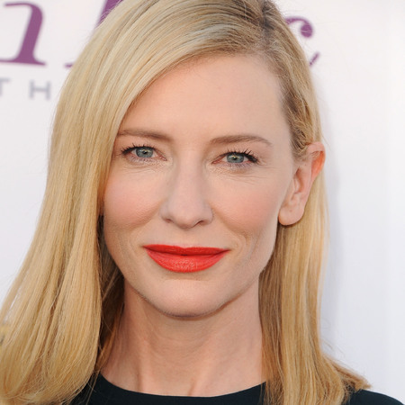 cate-blanchett-orange-lipstick-critics-choice-awards-2014-celebrity-beauty-makeup-trends_1.jpg
