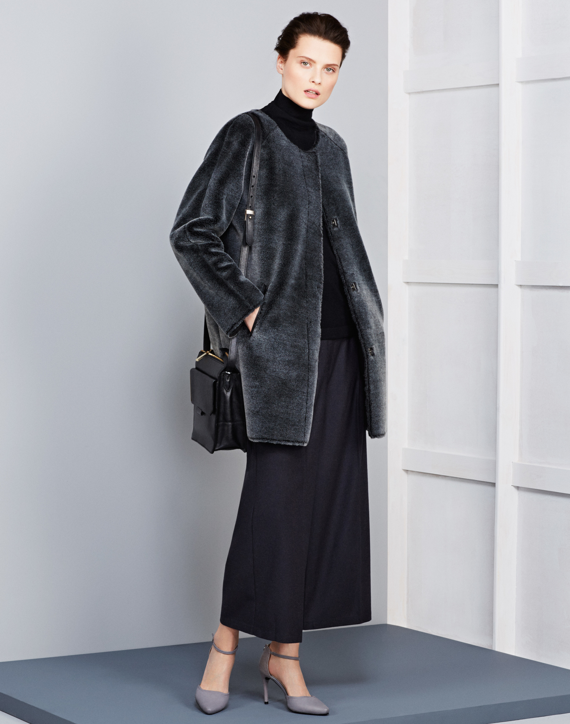 per-una-spz-coat-159-per-una-jumper-109-per-una-trouser-49-50-shoe-49-50-bag-69-1.jpg