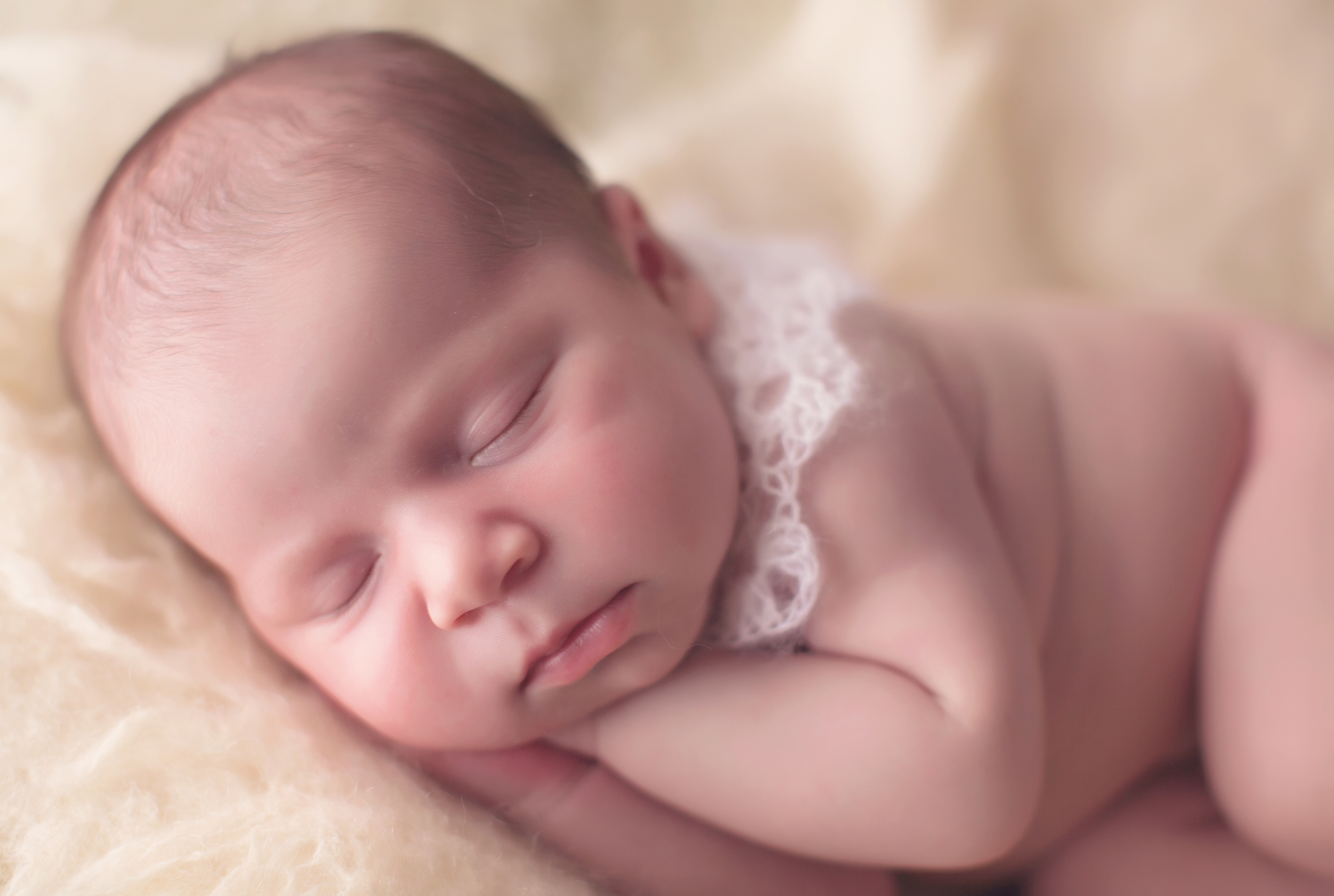 Los-Angeles-Newborn-Baby-Portrait-Studio-Maternity-Photos-V-Kendal-Photography185.JPG