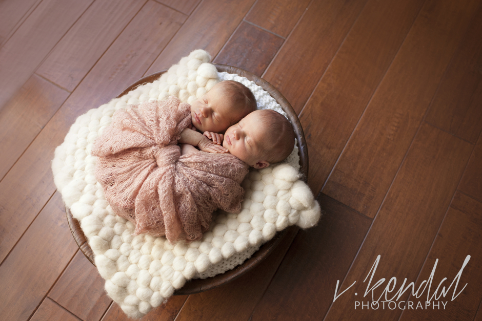 V KENDAL PHOTOGRAPHY-Los-Angeles-Newborn-Twins-Baby-Maternity-Santa Barbara 1429.JPG