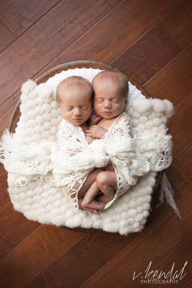 V KENDAL PHOTOGRAPHY-Los-Angeles-Newborn-Twins-Baby-Maternity-Santa Barbara 1430.JPG