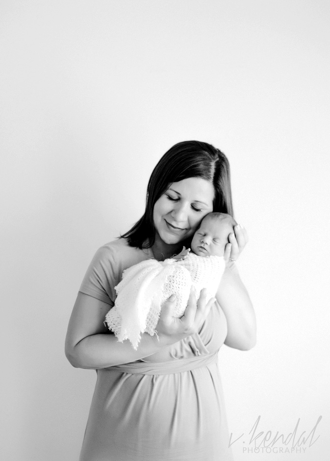 V KENDAL PHOTOGRAPHY-Los-Angeles-Newborn-Twins-Baby-Maternity-Santa Barbara 1467 copy.jpg