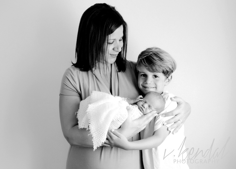 V KENDAL PHOTOGRAPHY-Los-Angeles-Newborn-Twins-Baby-Maternity-Santa Barbara 1468 copy.jpg