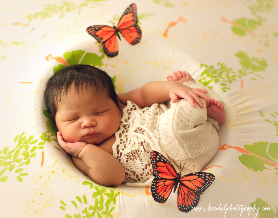 LOS-ANGELES-BABY-PHOTOS-MATERNITY-NEWBORN-PHOTOGRAPHY-VALERIE-KENDAL-V-KENDAL-PORTRAIT-STUDIO2798.JPG