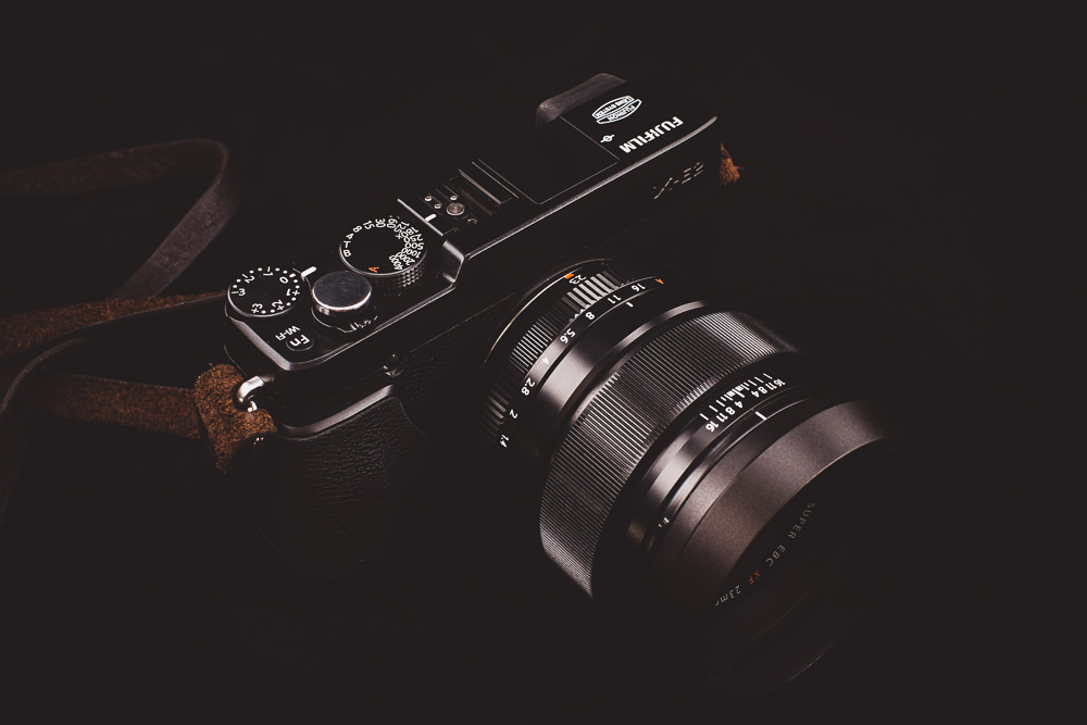 Fuji X-E2 with 23mm f/1.4 lens © Andrew Newson