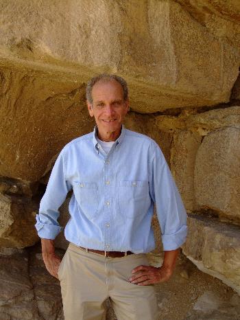 Bob Brier in Egypt.JPG