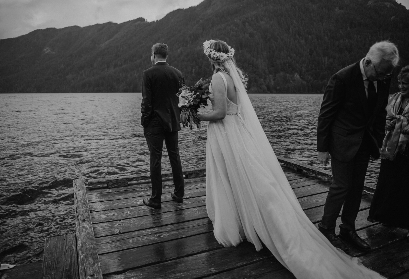 lake-crescent-lodge-wedding-1067.JPG