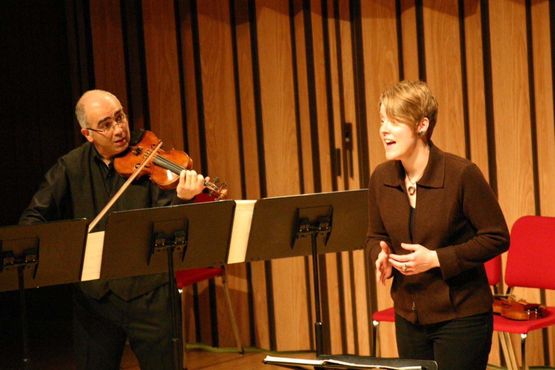 Movses & Tony rehearse at Bowling Green, 2010  photo: Aleksandr Karjaka