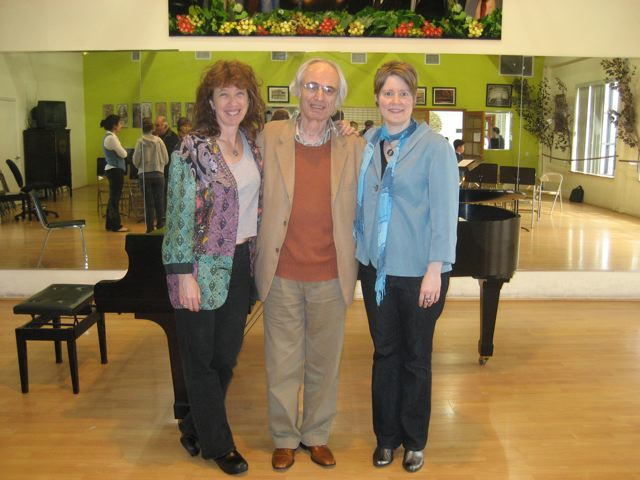 with pianist Vicki Ray and composer Tigran Mansurian, at the premiere of  Canti Paralleli