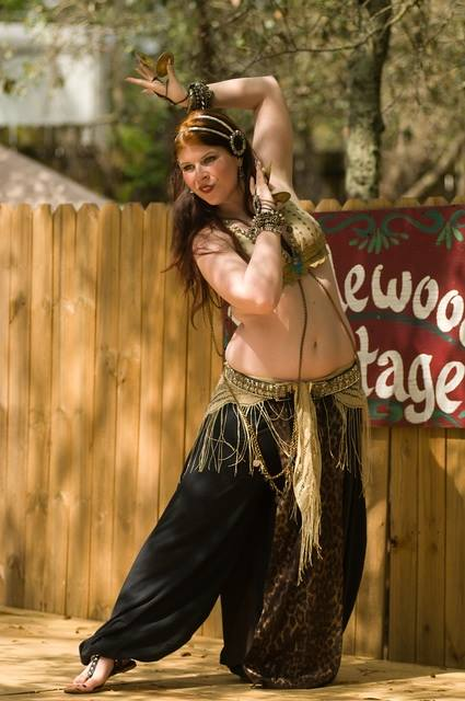 Amani Maharet bellydancing @ the 2014 Bay Area Renaissance Festival in Tampa, FL.