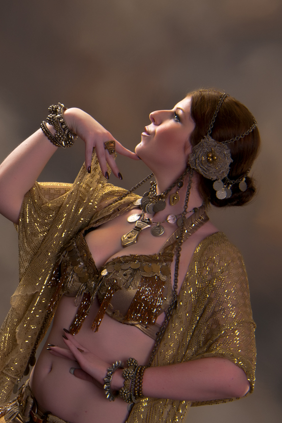 Amani Maharet, professional belly dance performer & instructor in Tampa, FL, photographed by Michael Landes.
