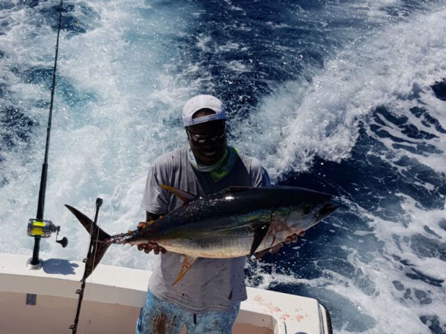 tuna fishing in quepos, costa rica