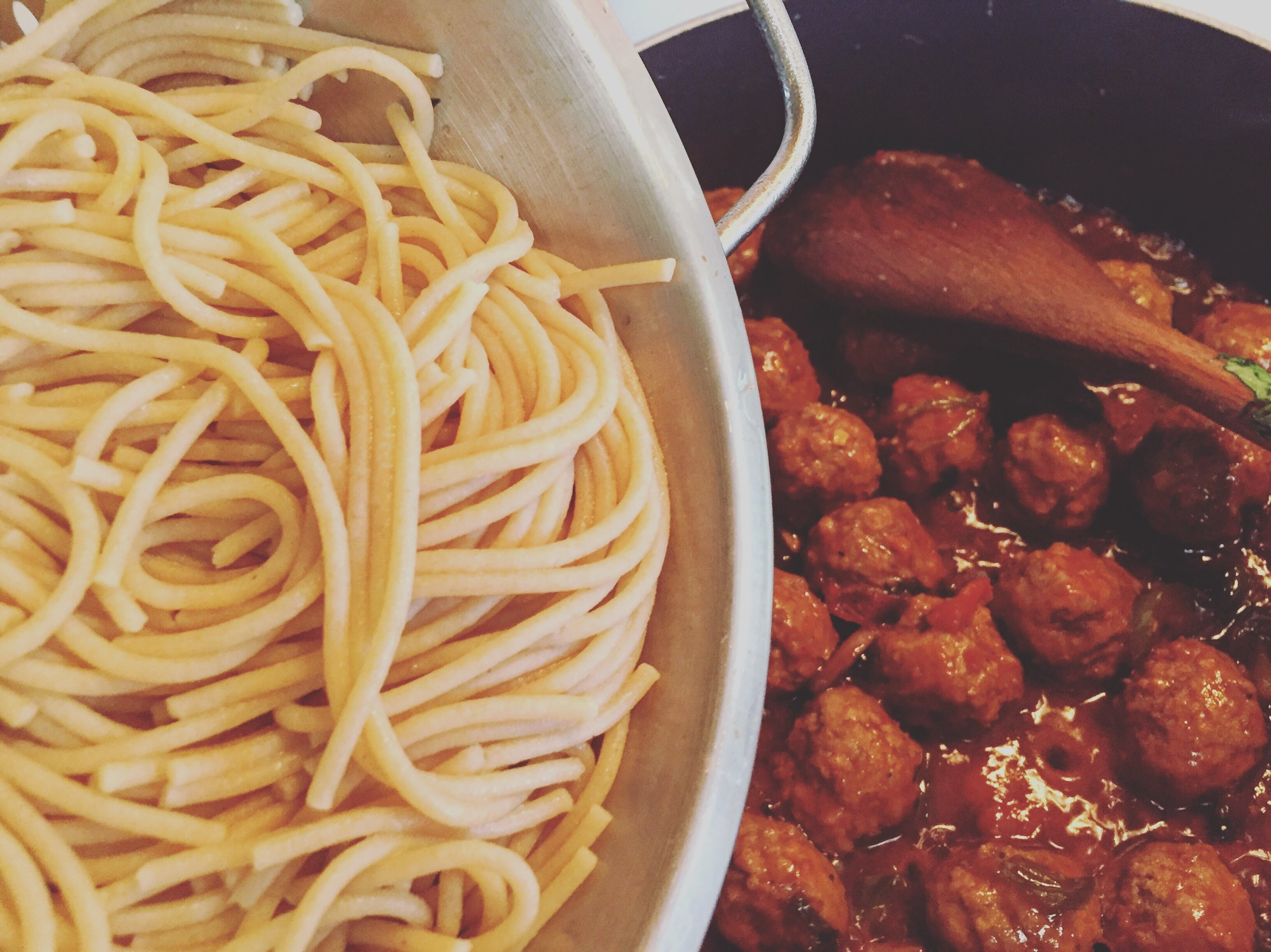 Dump the spaghetti into the mix. Don't be afraid. It's pretty cool, you know.