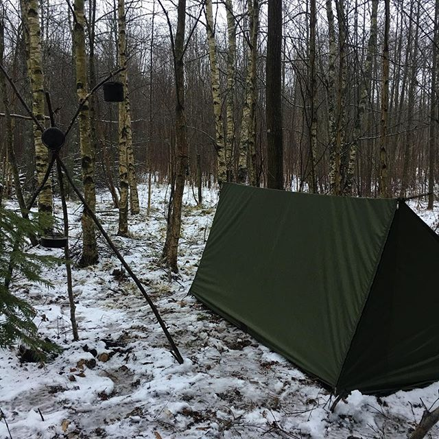 Woke cup covered in snow 😙dry and cozy inside ---- --- -- ---- -------- #forestlife #wildernessculture #woodsman #outdoorsman #wildcamping #getoutside #wilderness #thegreatoutdoors #itsgreatoutthere  #modernoutdoorsman #bushcraft #naturelovers #offgrid #natureadventure  #forestlife #wildernessadventure #goutside #naturehiking #campingvibes #swedishnature  #nature_seekers #intothewild #bushcraftsweden #outdoorlife #friluftsliv #bushcraftsverige #wildernessculture #wintercamping #laavu #vihevaellus