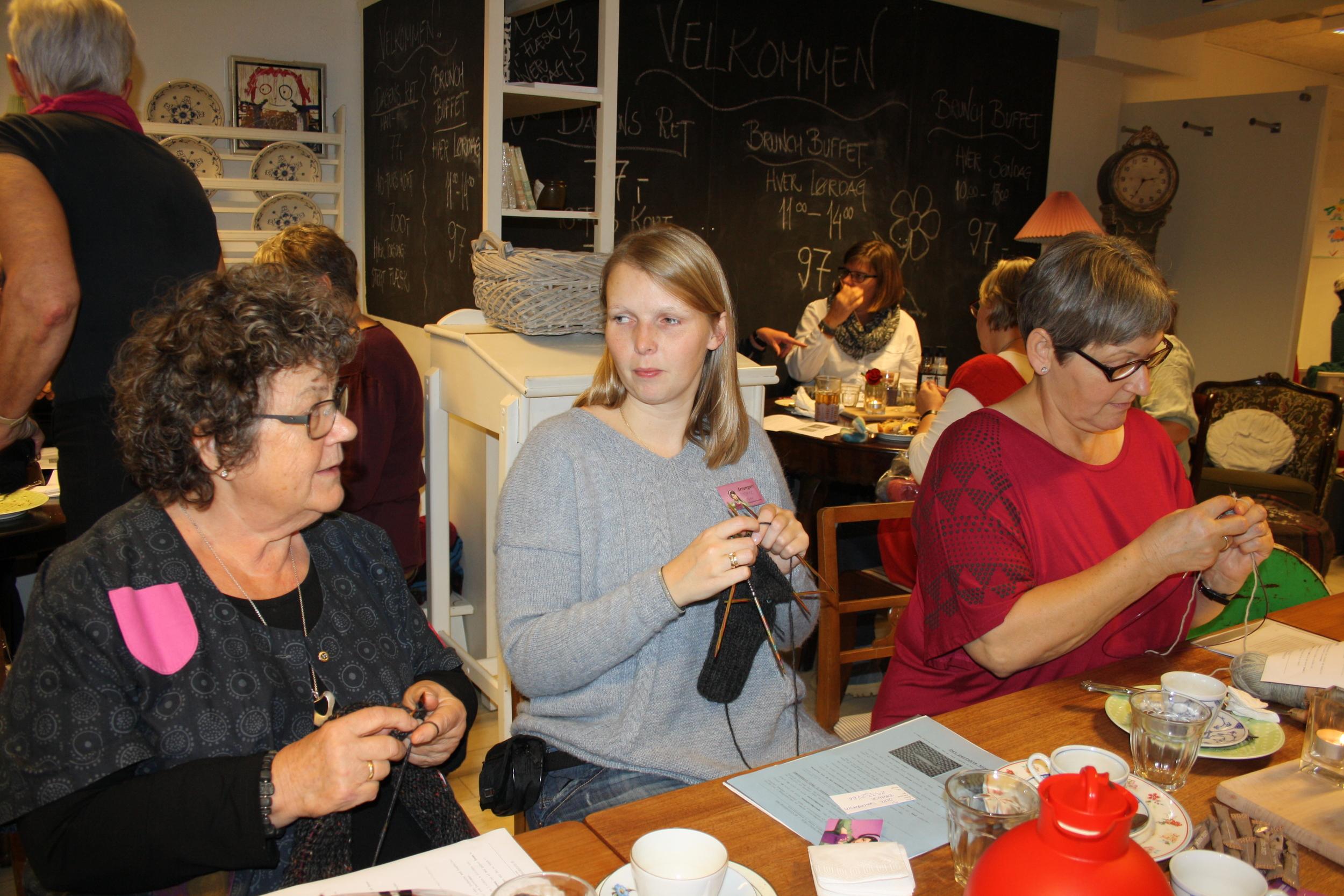 Knit-together 2013 056.JPG