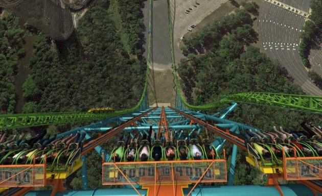 Zumanjaro-–-An-Almost-Deadly-Entertainment-1.jpg