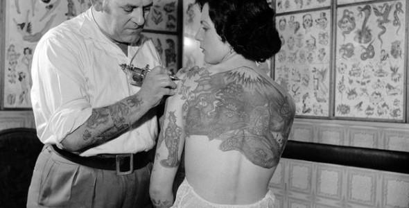 oldschool_photos_of_women_rocking_tattoos_640_high_07-590x300